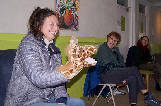 handpop_giraffe